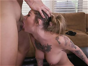 tattooed hotty Gets pounded