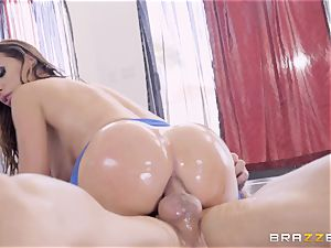 horny oiled up Nikki Benz thrashed in her bum