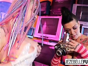 Surreal lezzy orgy with Jezebelle and Leya