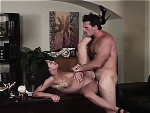 Selena Rose the office cockslut helps her chief whip out the spunk