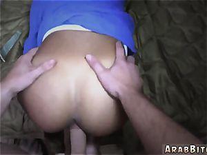 Arab actress Operation pussy Run!