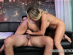 Claudia Valentine joins a duo for a 3some
