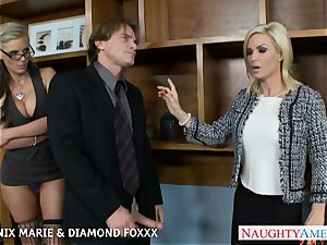 Blondes Phoenix Marie and Diamond Foxxx screw in 4some