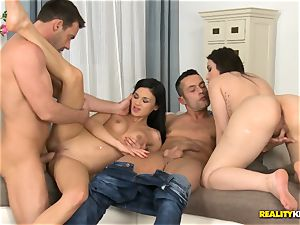 Akasha Cullen and her uber-sexy dark haired buddy have a spunk-pump party