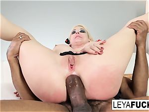 Leya Falcon gets a phat black pipe