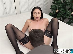 PropertySex Ariana Marie liking The Christmas fuck-a-thon