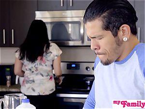 Brat Gets pecker And jizz In Kitchen! - MyFamilyPies S4:E5