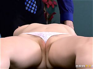 Patient Penny Pax banged by humungous dicked medic