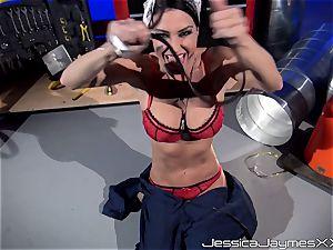 My kind of car mechanic Jessica Jaymes