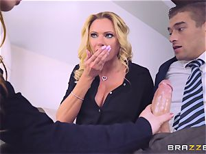 Briana Banks catches Taylor Sands with her bf