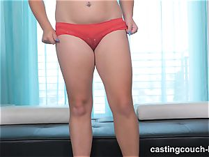lush bombshell Dee arrives to the CastingCouch HD