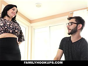FamilyHookups - super hot mummy instructs Stepson How To pulverize