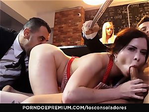 LOS CONSOLADORES - Cassie Fire mighty couple four way
