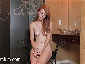 Pepper Kester showcases her bod at an interview