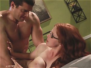 bashful waitress Penny Pax plumbs her desire client