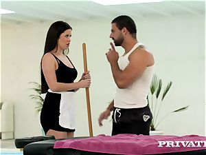 Private.com steaming Maid gets messy