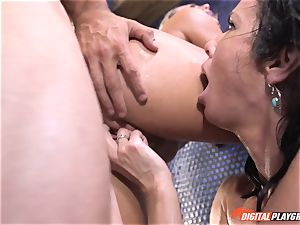 Veronica Avluv gets involved with her stepdaughters super-naughty romp idea